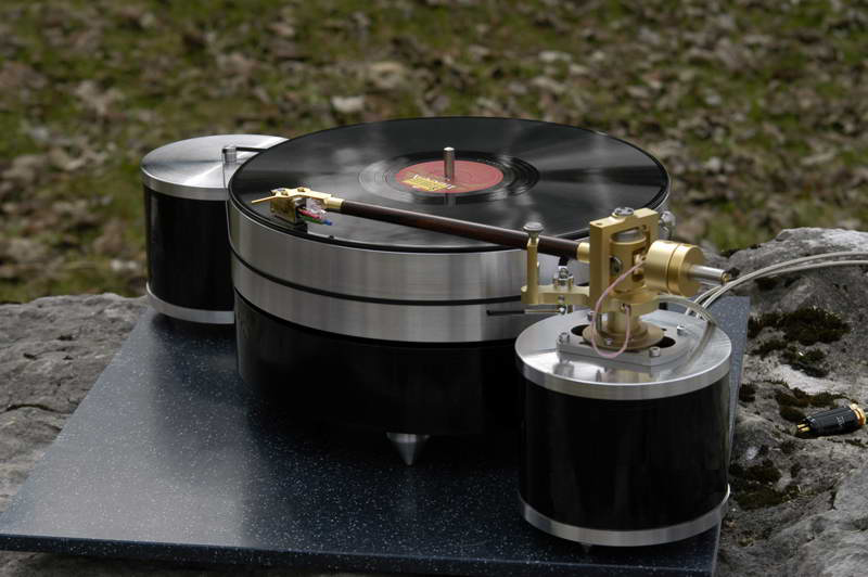 Vega Reference Turntable